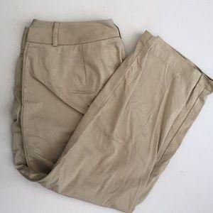 Size 10 dockers Capri pants